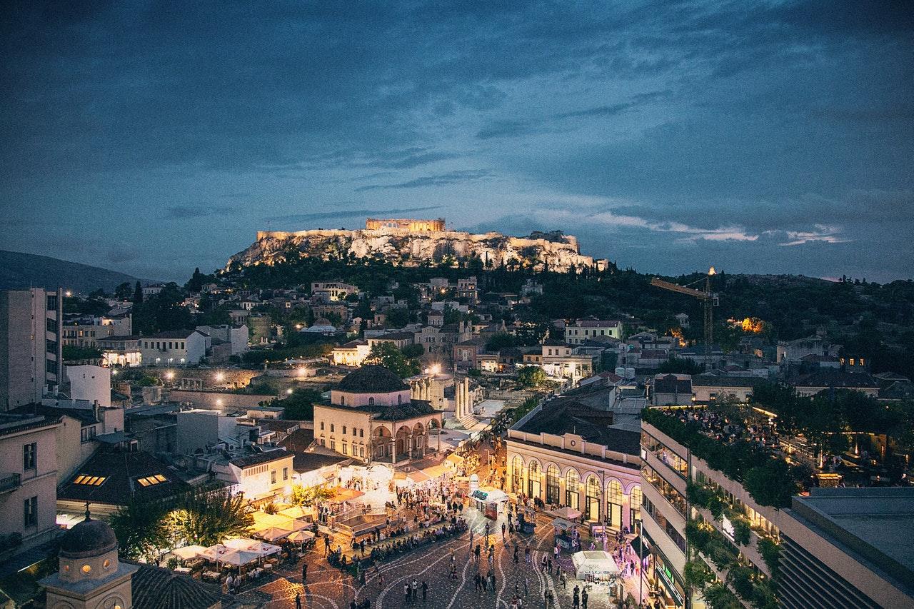 Grecja nocą