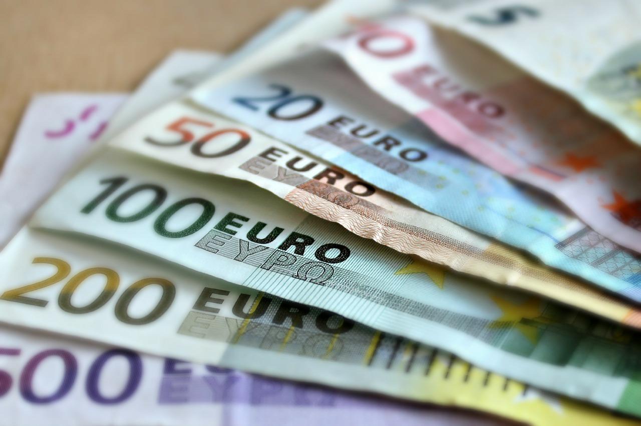 Ile pieniędzy do Bułgarii